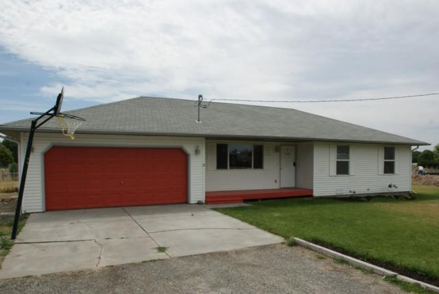 229 Mountain View E, Jerome, ID 83338 (MLS #98698686) :: Full Sail Real Estate