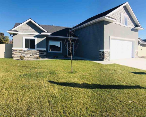 917 Birchton Loop, Twin Falls, ID 83301 (MLS #98699412) :: Jackie Rudolph Real Estate