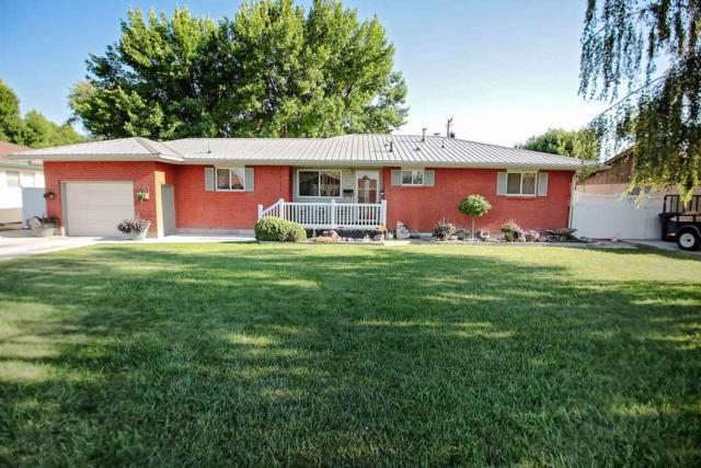 531 Cedar Drive, Burley, ID 83318 (MLS #98700729) :: Zuber Group