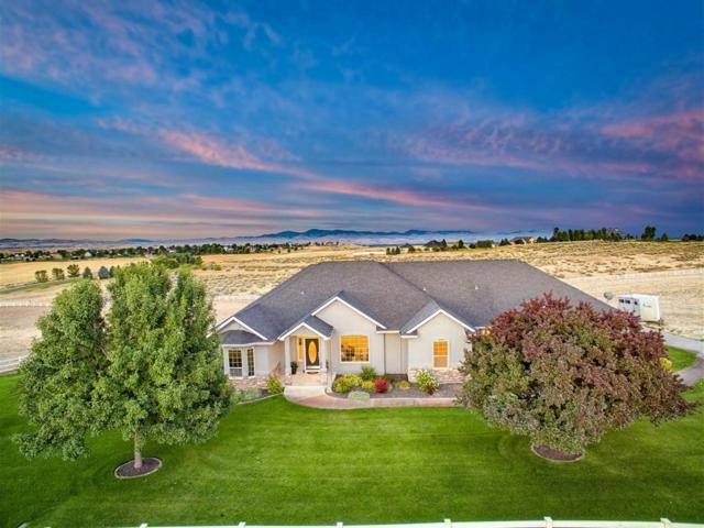 4244 N Cowboy Lane, Star, ID 83669 (MLS #98702025) :: Boise River Realty