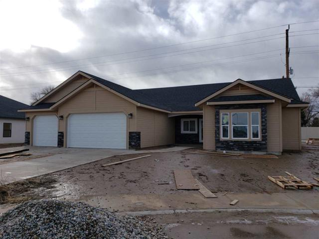 961 Birchton Loop, Twin Falls, ID 83301 (MLS #98703481) :: Juniper Realty Group