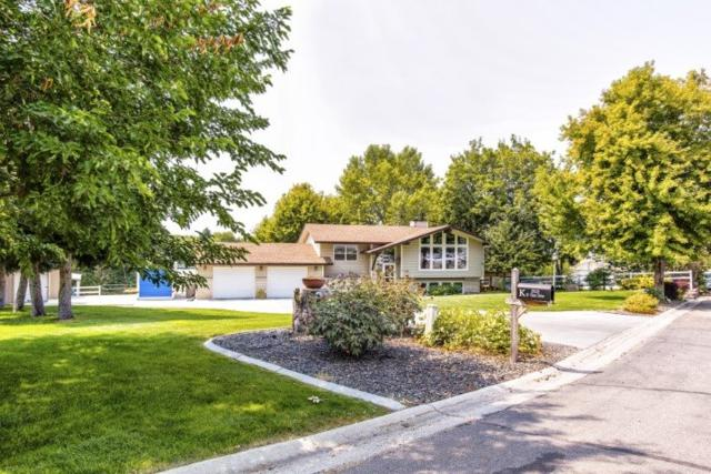 5929 W View Drive, Meridian, ID 83642 (MLS #98703884) :: Team One Group Real Estate