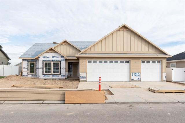 1602 W Kerf St, Kuna, ID 83634 (MLS #98703887) :: Full Sail Real Estate