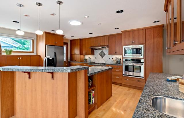 2236 E Roanoke Dr, Boise, ID 83712 (MLS #98704844) :: Jon Gosche Real Estate, LLC