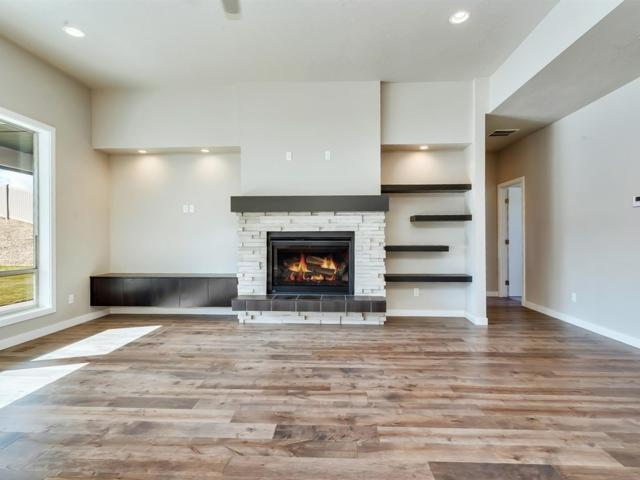 380 E Palermo Dr, Meridian, ID 83642 (MLS #98705379) :: Team One Group Real Estate