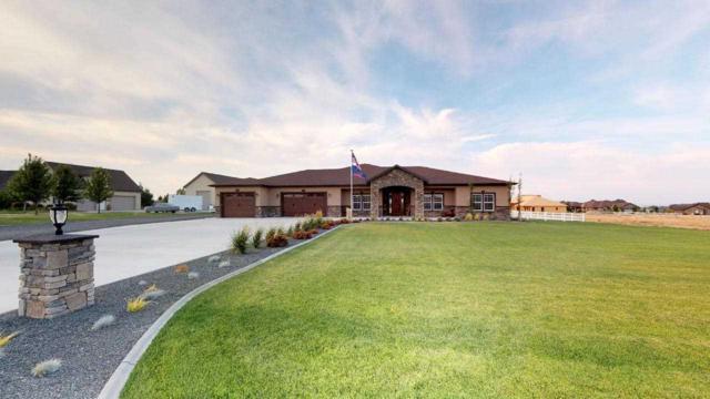 2550 E 3769 N, Twin Falls, ID 83301 (MLS #98706236) :: Team One Group Real Estate