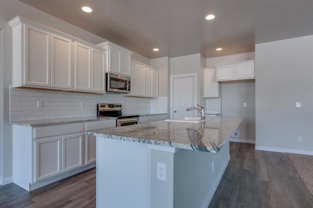 9254 S Braeburn Ave., Kuna, ID 83634 (MLS #98706401) :: Jackie Rudolph Real Estate