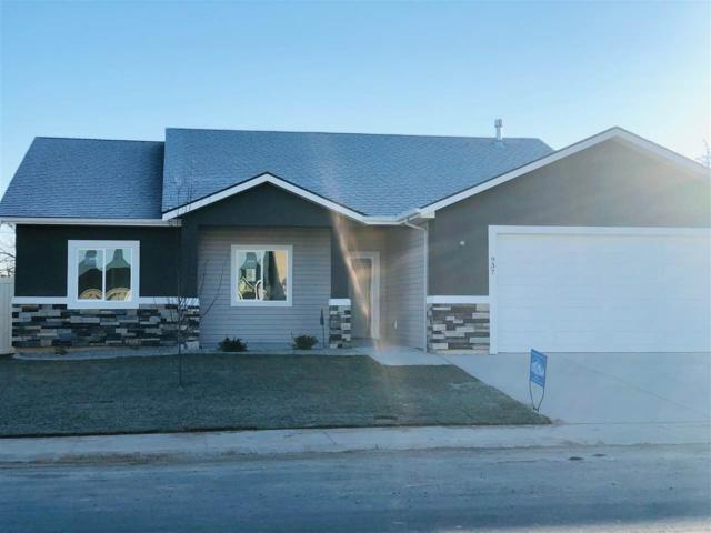 937 Birchton Loop, Twin Falls, ID 83301 (MLS #98706646) :: Jackie Rudolph Real Estate