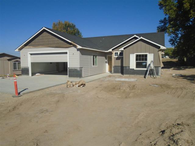 15048 Vista Dr, Caldwell, ID 83607 (MLS #98707534) :: Build Idaho