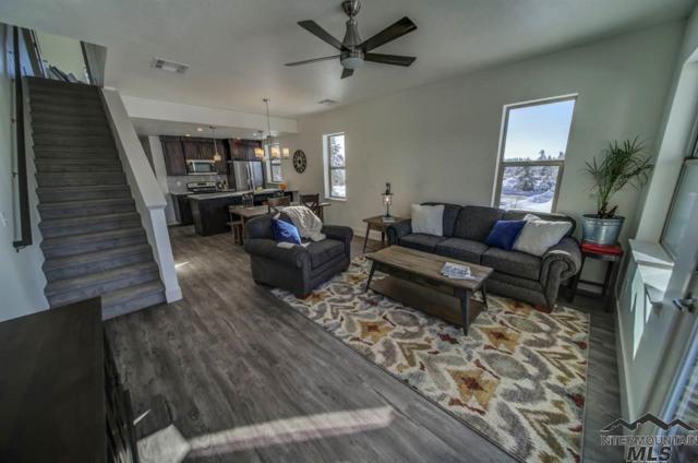 112 Broken Pine Lane, Mccall, ID 83638 (MLS #98708243) :: Full Sail Real Estate