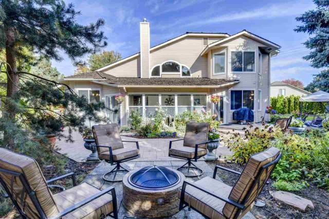 7904 W Bayhill Court, Boise, ID 83704 (MLS #98709205) :: Full Sail Real Estate