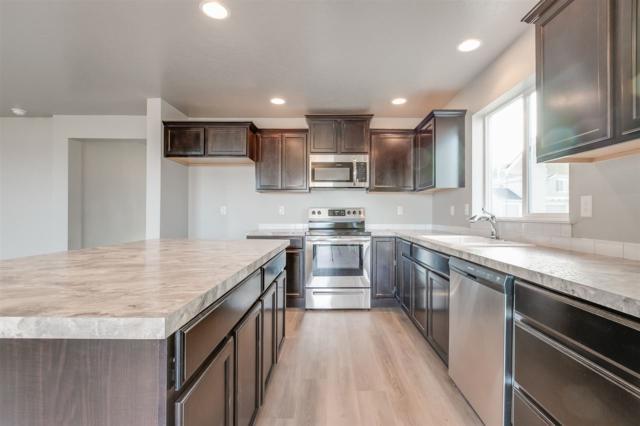 1643 N Veridian Ave., Kuna, ID 83634 (MLS #98710593) :: Build Idaho
