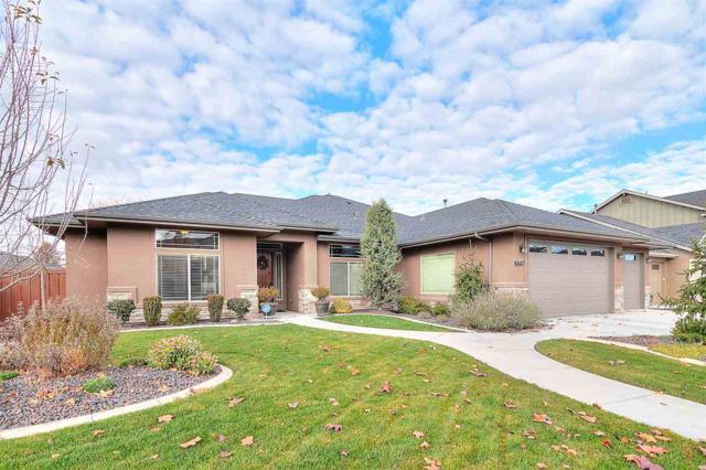5867 N Saguaro Hills Place, Meridian, ID 83646 (MLS #98712371) :: Full Sail Real Estate