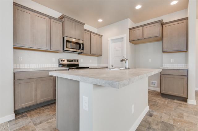 721 E Springloyd St, Meridian, ID 83642 (MLS #98715285) :: Team One Group Real Estate
