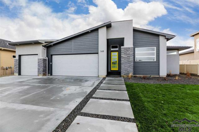 632 W Oak View Dr, Meridian, ID 83642 (MLS #98715341) :: Jon Gosche Real Estate, LLC