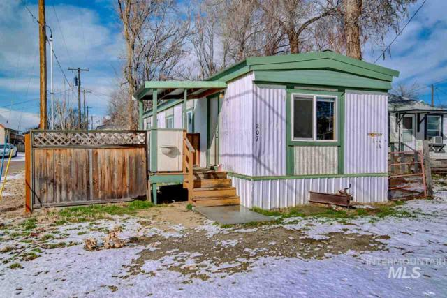 207 N 8th St, Parma, ID 83660 (MLS #98721262) :: Boise River Realty