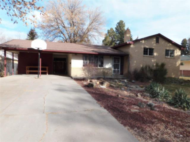 860 Oregon St, Gooding, ID 83330 (MLS #98721596) :: Full Sail Real Estate