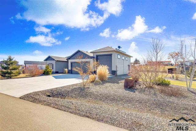 9913 Moon Shadow Ct., Middleton, ID 83644 (MLS #98721825) :: Minegar Gamble Premier Real Estate Services