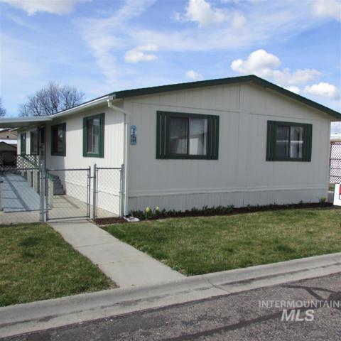 2239 N Iris Ln, Boise, ID 83704 (MLS #98724332) :: Jon Gosche Real Estate, LLC