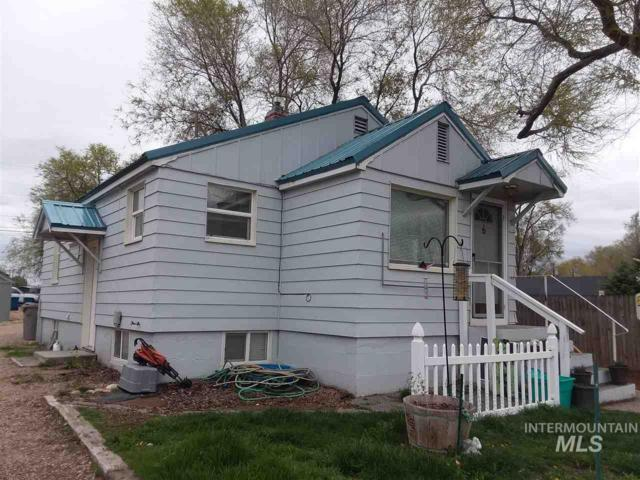 920 S Garland St, Nampa, ID 83686 (MLS #98725538) :: Jackie Rudolph Real Estate