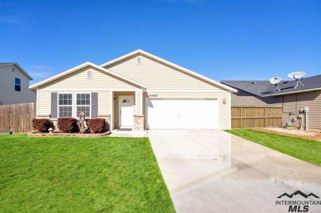 4455 N Beaham, Meridian, ID 83646 (MLS #98725934) :: Full Sail Real Estate