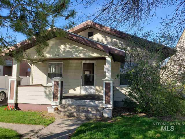 137 9th Ave E, Twin Falls, ID 83301 (MLS #98726074) :: New View Team