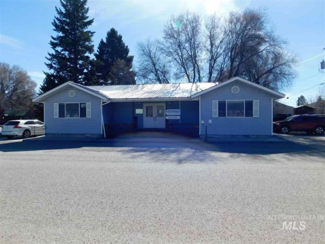 104 S Warpath Street, Salmon, ID 83467 (MLS #98726108) :: New View Team