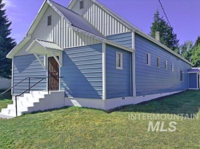 421 Ellis St., Winchester, ID 83555 (MLS #98729918) :: Idahome and Land