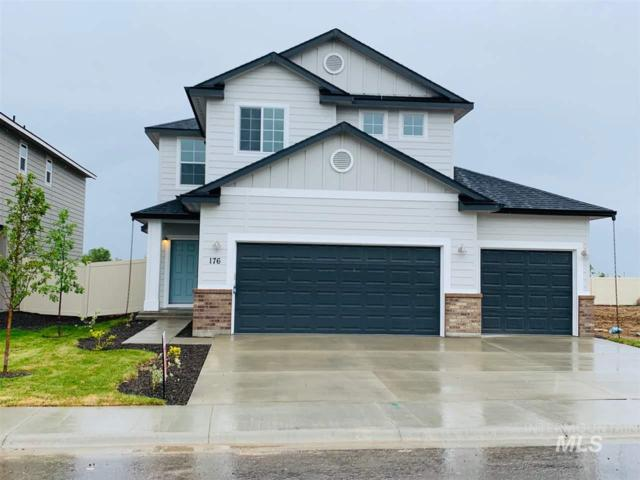 176 S Riggs Spring Ave, Meridian, ID 83642 (MLS #98729951) :: New View Team