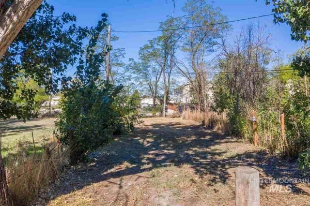 3205 W Moore St, Boise, ID 83702 (MLS #98730334) :: Boise River Realty