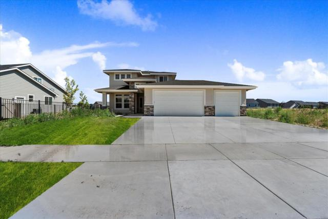 612 E Sicily Dr, Meridian, ID 83642 (MLS #98732318) :: Jon Gosche Real Estate, LLC