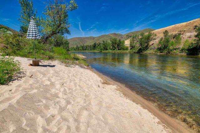 7 Mikylar Way, Horseshoe Bend, ID 83629 (MLS #98735920) :: New View Team