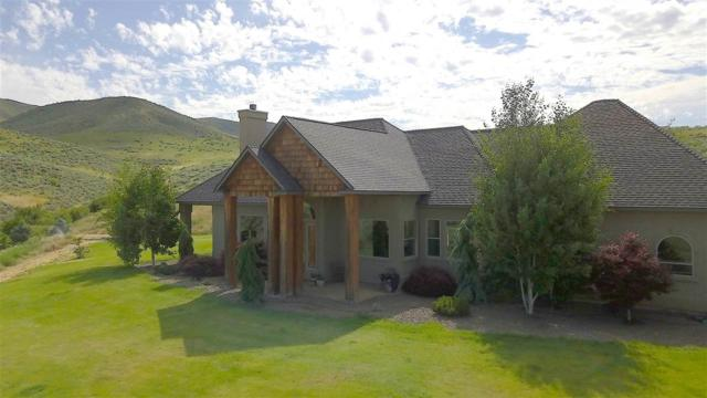 97 Rolling Hills, Horseshoe Bend, ID 83629 (MLS #98736047) :: Full Sail Real Estate
