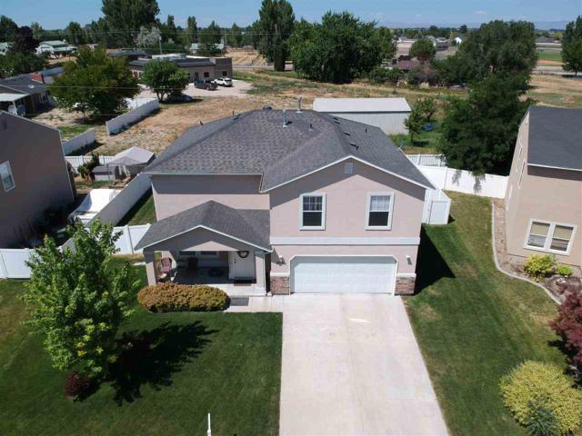 276 E Poplin, Kuna, ID 83634 (MLS #98737216) :: Team One Group Real Estate