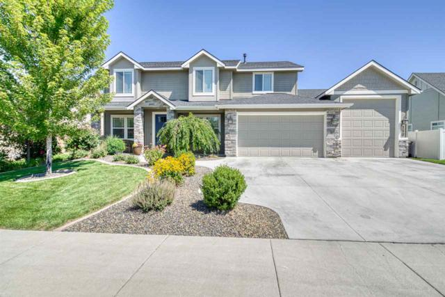 550 N Pringlewood Place, Star, ID 83669 (MLS #98741030) :: Epic Realty
