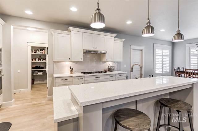 5453 S Wayland, Meridian, ID 83642 (MLS #98744514) :: Minegar Gamble Premier Real Estate Services