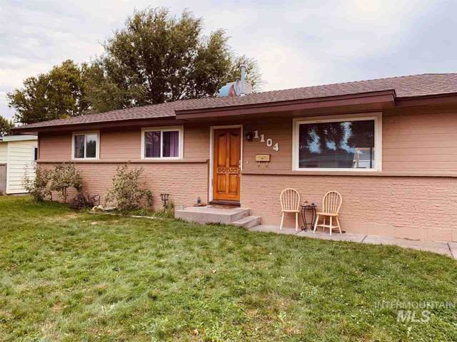 1104 Phelps Drive, Mountain Home, ID 83647 (MLS #98745991) :: Boise River Realty