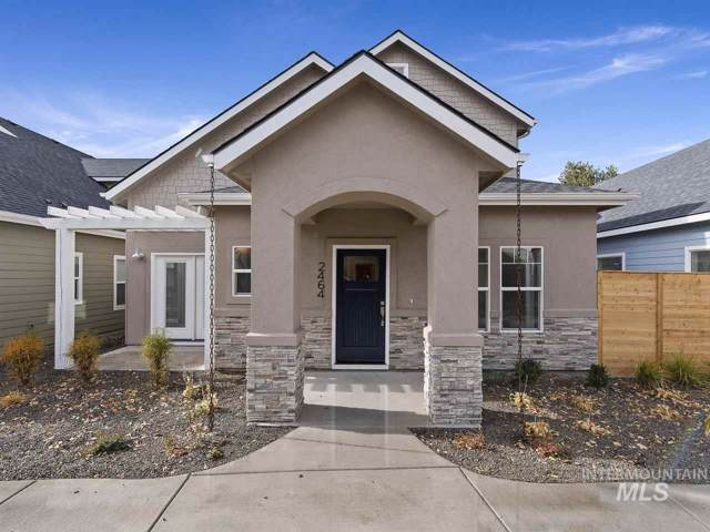 2464 Ashgrove Lane, Boise, ID 83702 (MLS #98747796) :: Boise River Realty