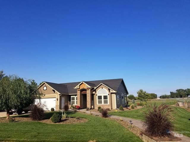 15829 Oasis Rd, Caldwell, ID 83607 (MLS #98750959) :: Build Idaho