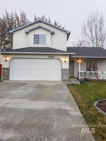 11923 W Blueberry Ave, Nampa, ID 83651 (MLS #98751293) :: Boise River Realty