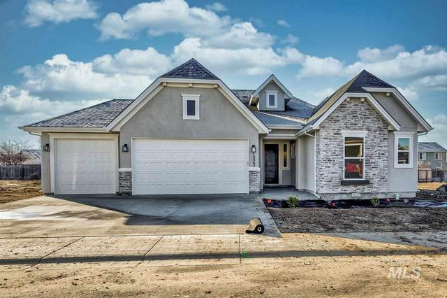 1323 W Cerulean St, Kuna, ID 83634 (MLS #98752426) :: New View Team