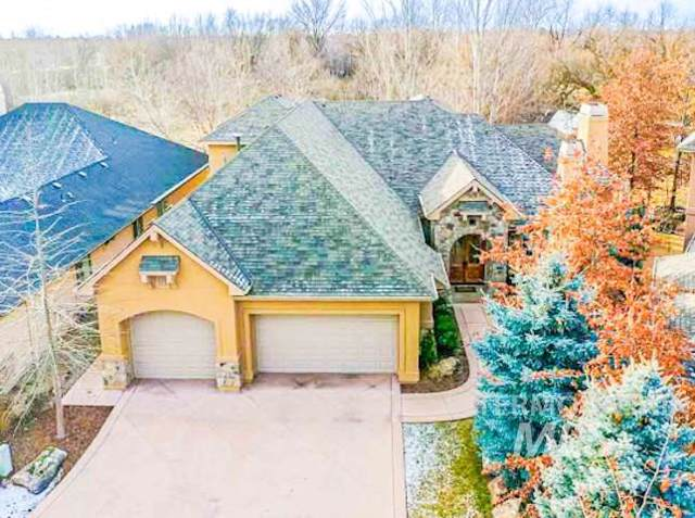 181 W Riverbridge Lane, Eagle, ID 83616 (MLS #98754251) :: Full Sail Real Estate