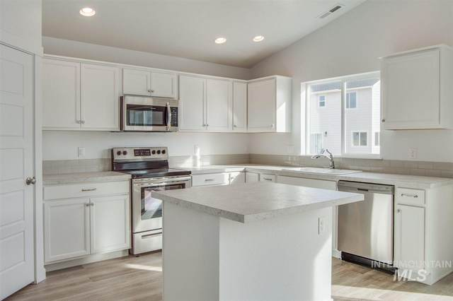 11751 W Teratai Ct, Star, ID 83669 (MLS #98754275) :: Team One Group Real Estate