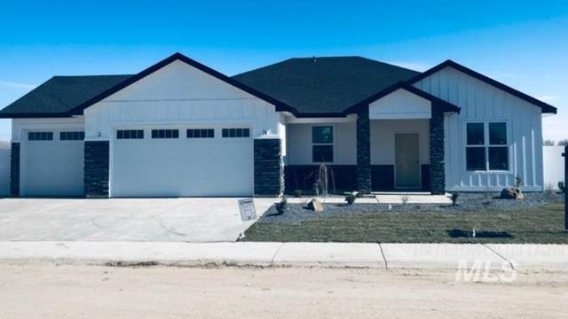 370 Cub Dr, Fruitland, ID 83619 (MLS #98754343) :: New View Team