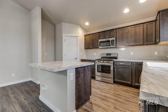 5303 N Willowside Ave, Meridian, ID 83646 (MLS #98755897) :: Jon Gosche Real Estate, LLC