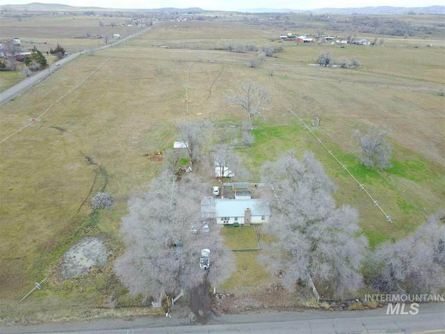 1896 Graham Blvd, Vale, OR 97918 (MLS #98756953) :: Givens Group Real Estate