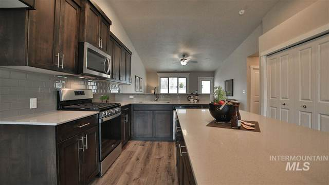 2379 E Cougar Creek St, Meridian, ID 83646 (MLS #98758134) :: Boise River Realty