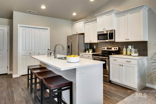 2356 E Cougar Creek St, Meridian, ID 83646 (MLS #98758137) :: Own Boise Real Estate