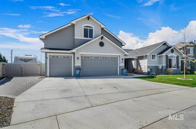 9585 S Macadan Way, Kuna, ID 83634 (MLS #98763511) :: Full Sail Real Estate