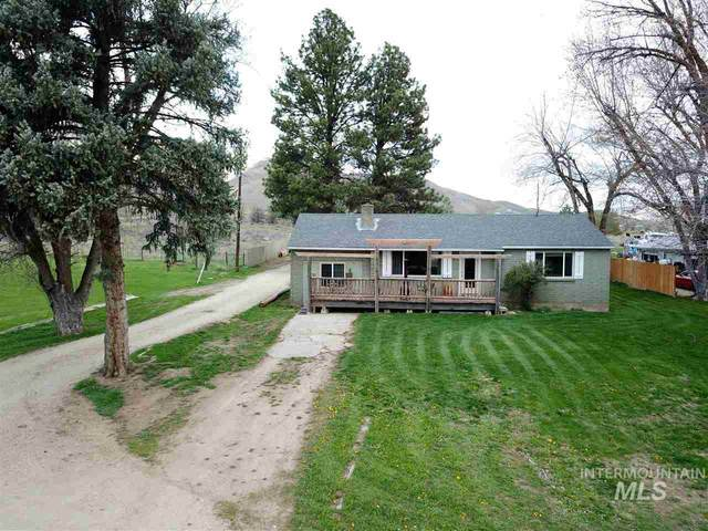 535 Hwy 52, Horseshoe Bend, ID 83629 (MLS #98763917) :: Minegar Gamble Premier Real Estate Services